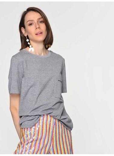 Roman Tişört Gri